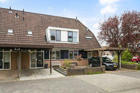 Ruiterskamp 4, Elst